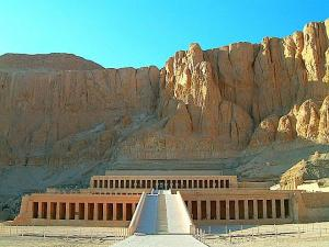 09 Days / 08 Nights (3 Nights Cairo, 2 Nights Sleeping Train, 2 Nights Aswan & 1 Night Luxor) Tour